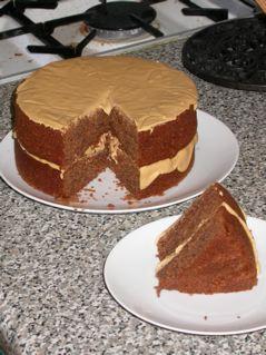 Dan Lepard caramel hazelnut cake