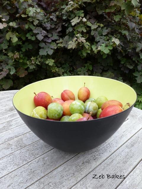 Chartreuse Krenit Bowl