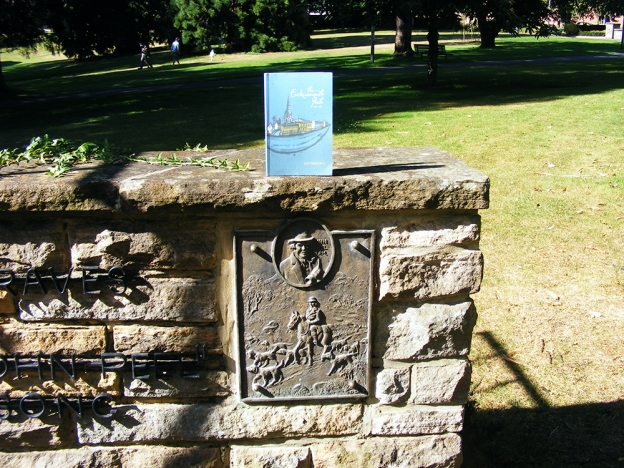 Graves Memorial St David's Park